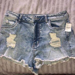 Tillys high waisted shorts!